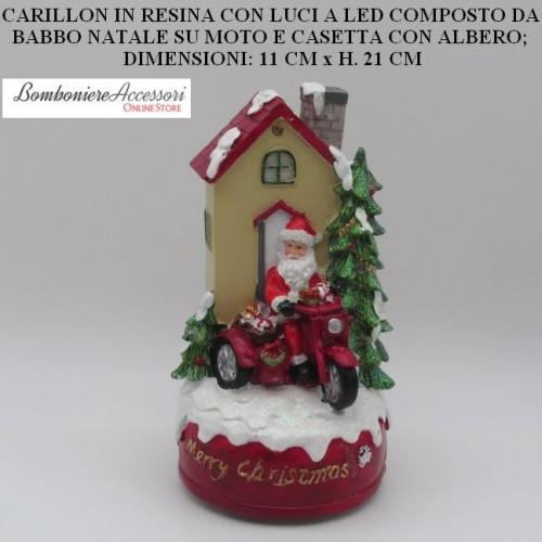 CARILLON CON BABBO NATALE SU MOTO E LUCI LED SU CASETTA